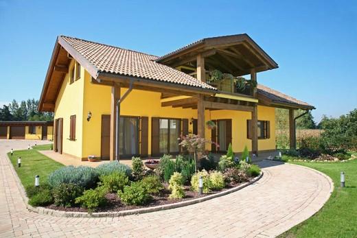 Casa prefabbricata gio va ni costruzioni for Casa a 2 piani con piscina